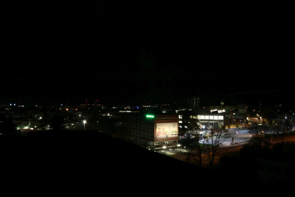 Leuchtreklame neben der Sternwarte Schweinfurt